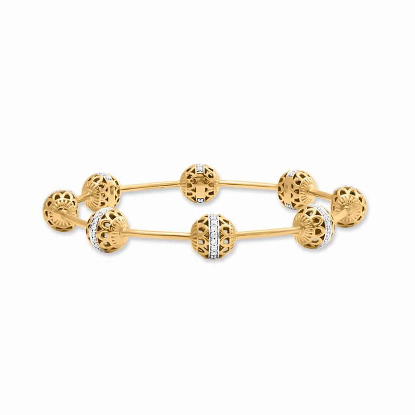 Diamond Bangles 18 Karat Yellow Gold Amaira Radiant Diamond Bangle