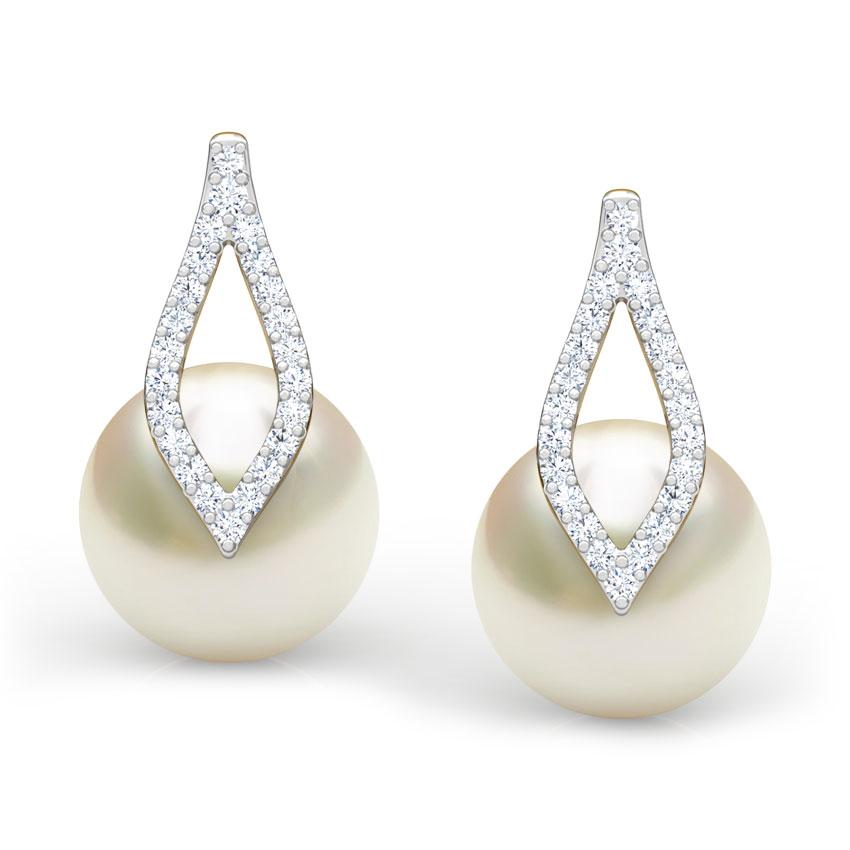 Petal Pearl Earrings