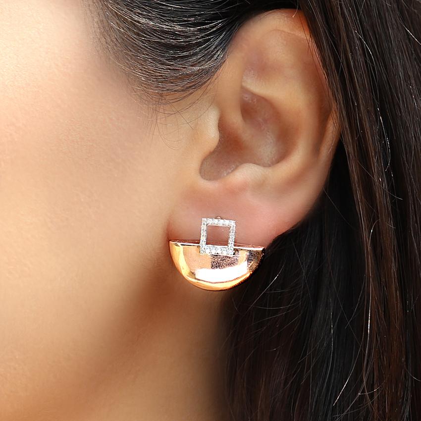 Ishita Arch Stud Earrings