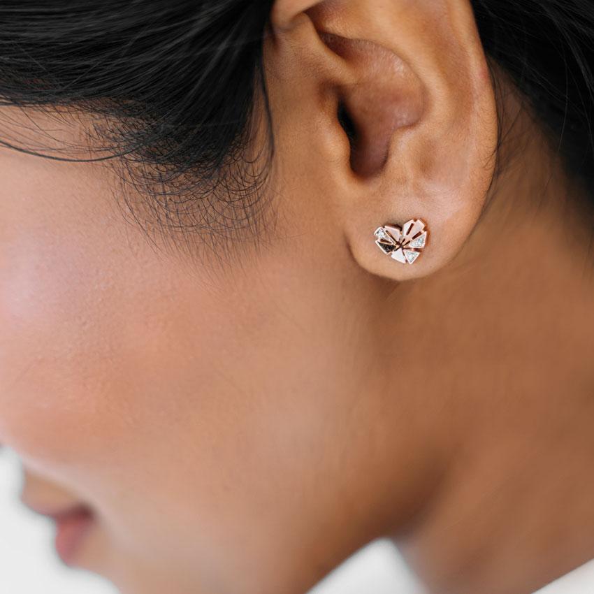 Snippet Heart Stud Earrings