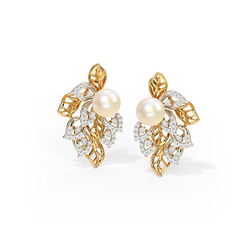 Fascinating Bloom Stud Earrings