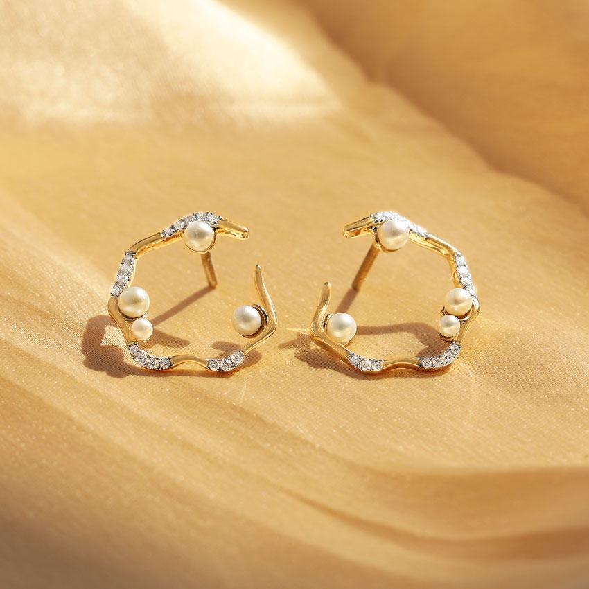 Breezy Pearl Hoop Earrings