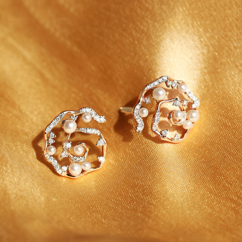 Sunset Pearl Stud Earrings