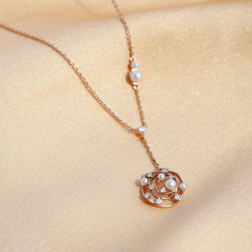 Echo Pearl Necklace