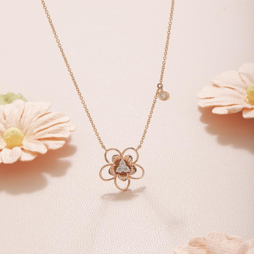 Diamond Necklaces 14 Karat Rose Gold Florence Bloom Diamond Necklace