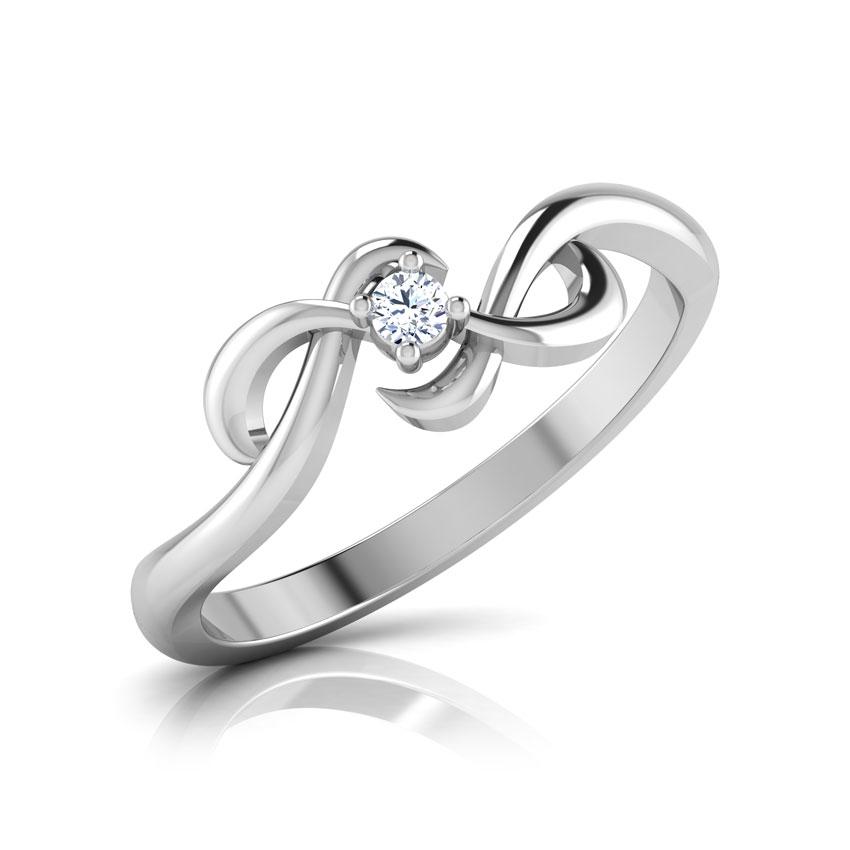 Diamond Rings 18 Karat White Gold Royal Twist Diamond Ring