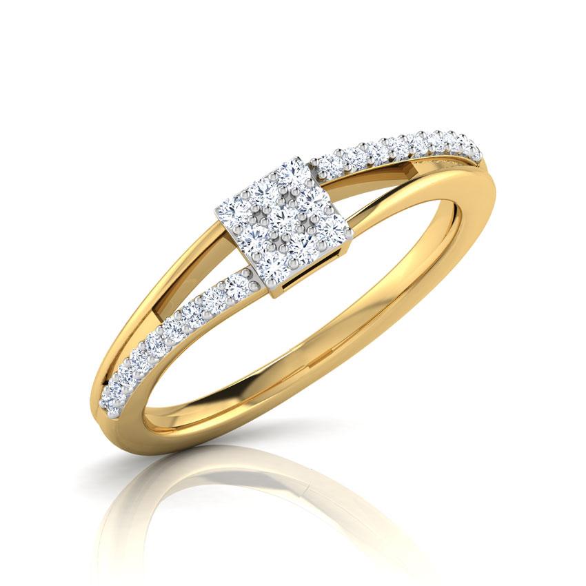 Diamond Rings 18 Karat Yellow Gold Monifa Cluster Diamond Ring