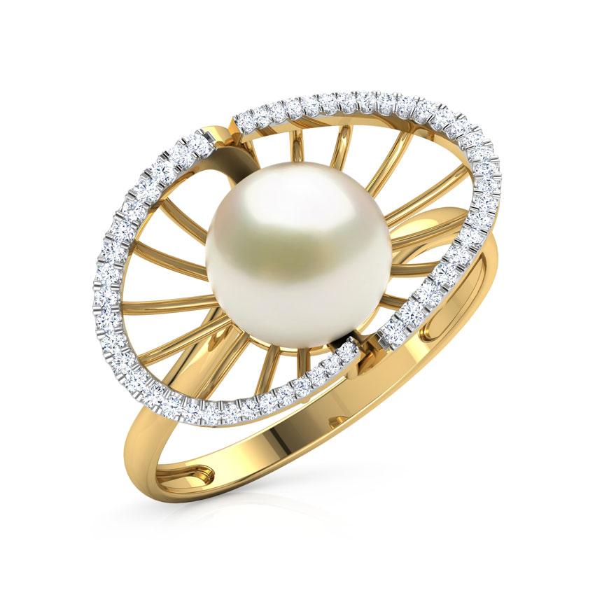 Diamond,Gemstone Rings 18 Karat Yellow Gold Divine Pearl Diamond Ring