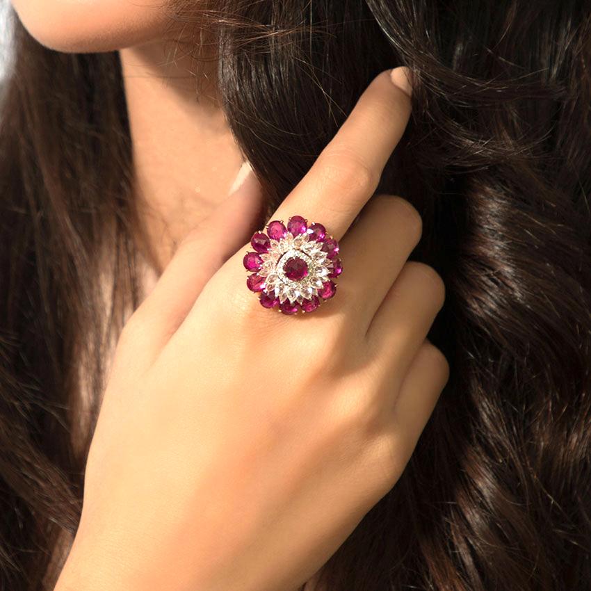 Diamond,Gemstone Rings 18 Karat Yellow Gold Gul Bloom Diamond Ring
