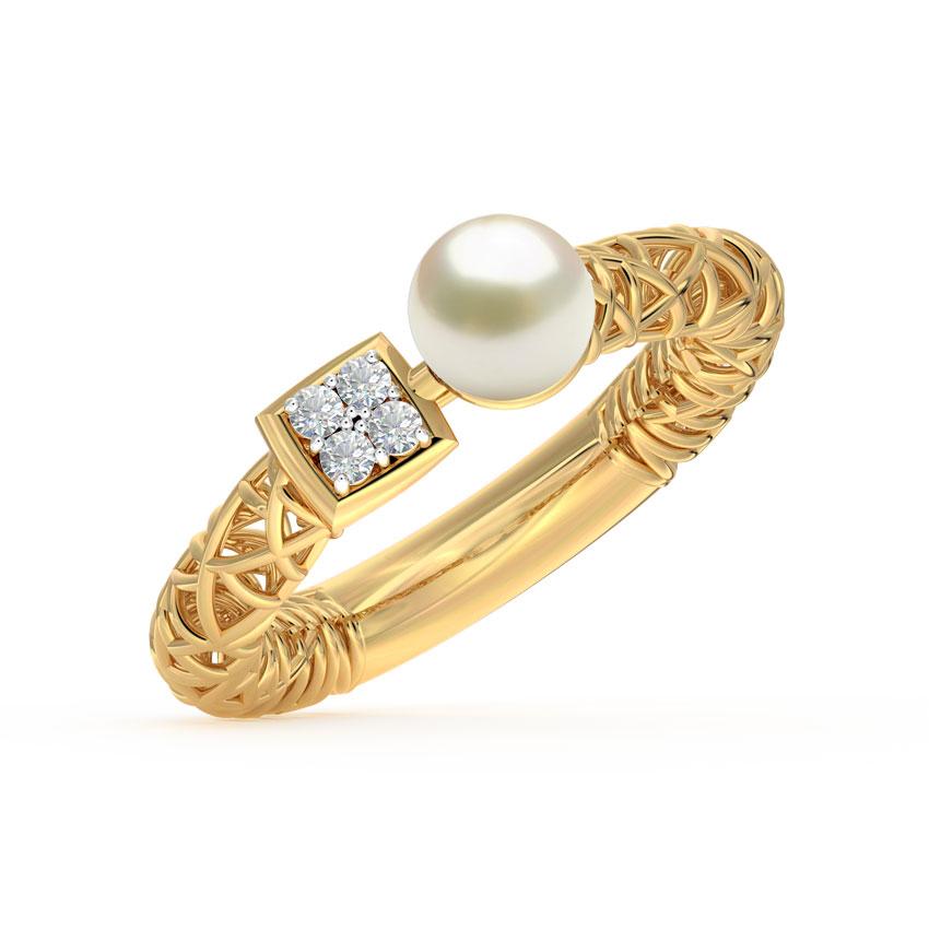 Diamond,Gemstone Rings 18 Karat Yellow Gold Pearl Mesh Diamond Ring