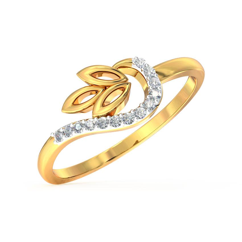 Swerve Petal Ring