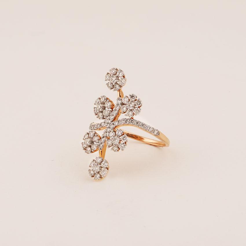 Diamond Rings 18 Karat Rose Gold Petite Glow Diamond Ring