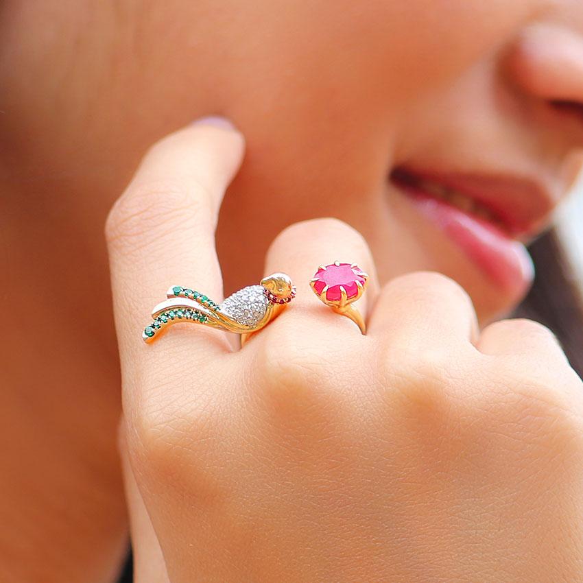 Diamond,Gemstone Rings 18 Karat Yellow Gold Gorgeous Parrot Diamond Ring