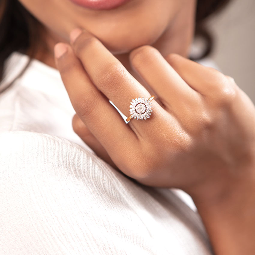 Diamond Rings 18 Karat Yellow Gold Array Cluster Diamond Ring