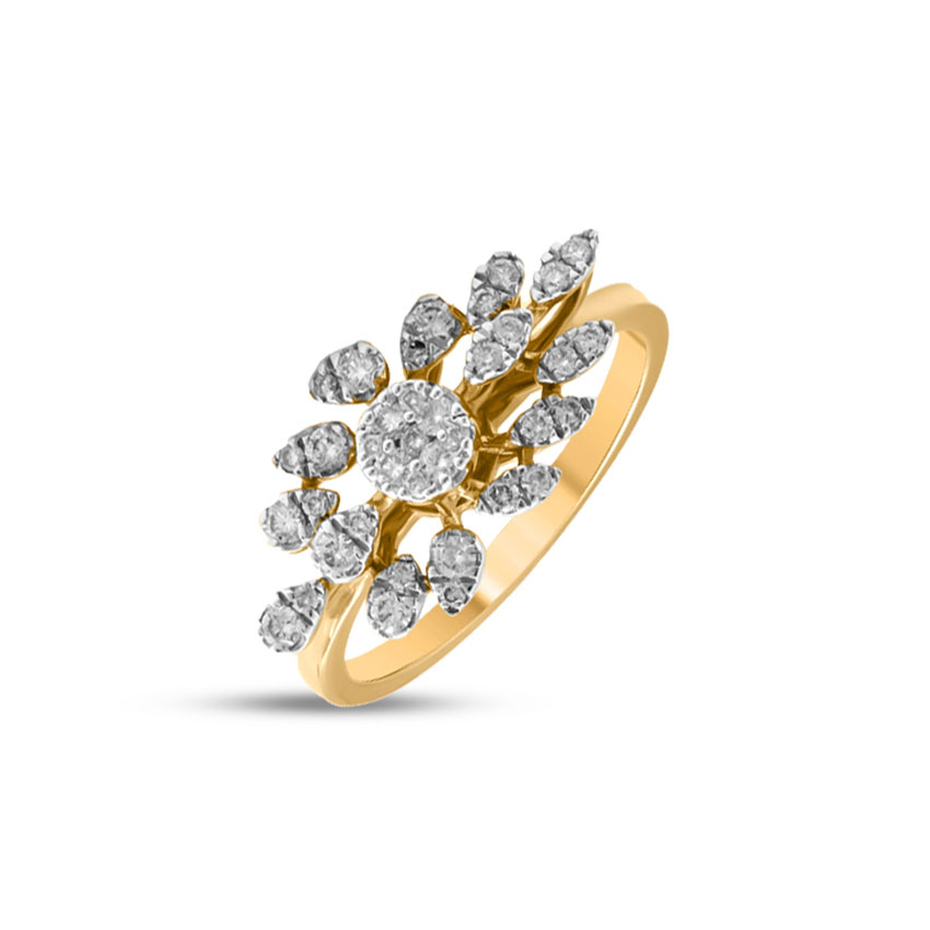 Diamond Rings 18 Karat Yellow Gold Elegant Array Diamond Ring