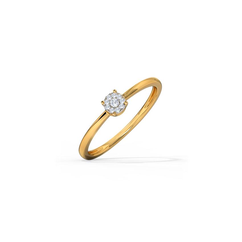 Diamond Rings 14 Karat Yellow Gold Classic Cluster Diamond Ring