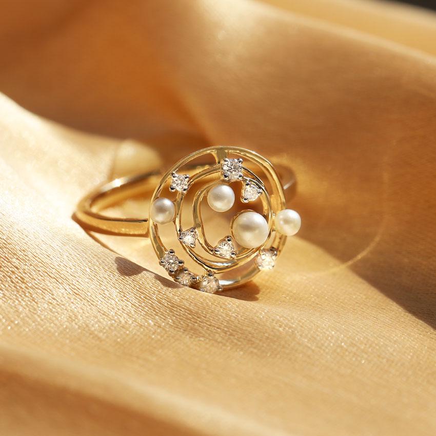 Pearl Swirl Ring