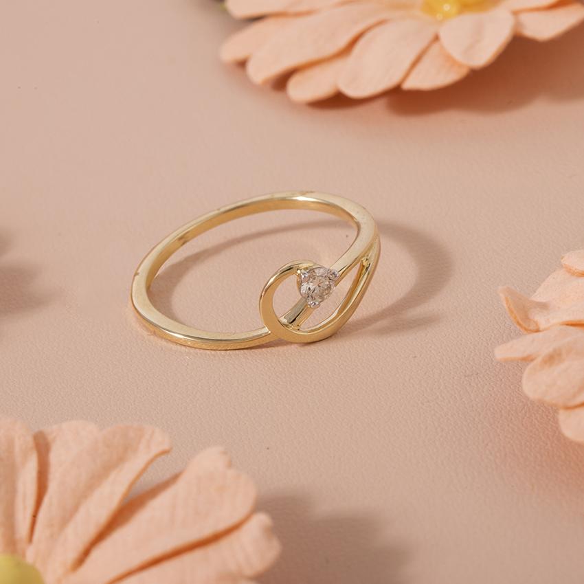 Diamond Rings 14 Karat Yellow Gold Infinite Sparkle Diamond Ring