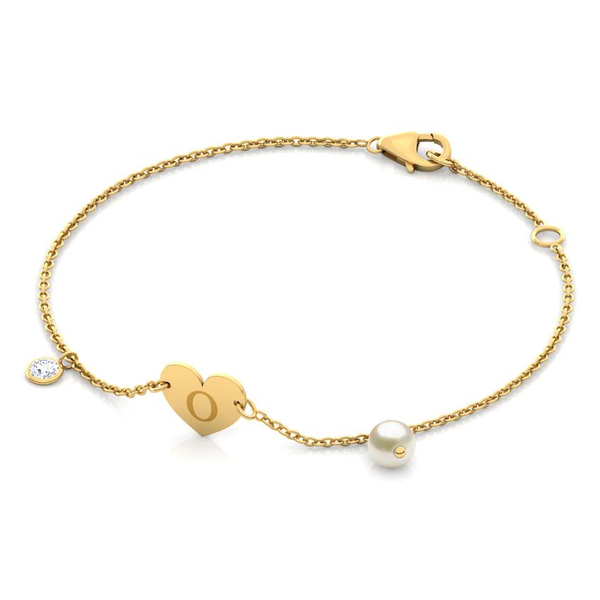 Alphabet O Pearl Bracelet