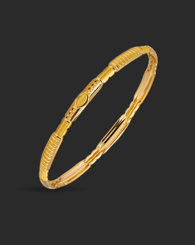 Gold Bangles 22 Karat Yellow Gold Patterened Gold Bangle Set of 2