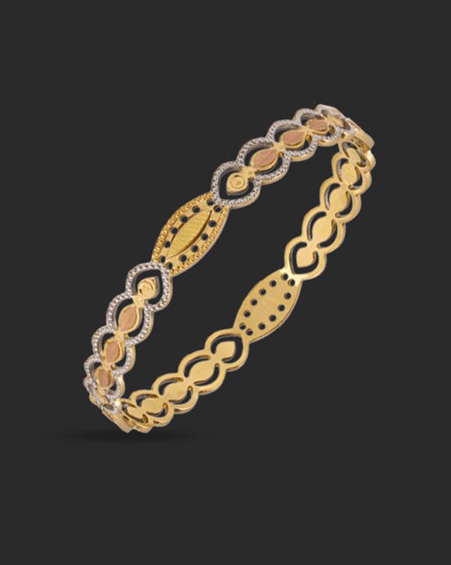 Isha Gold Bangle