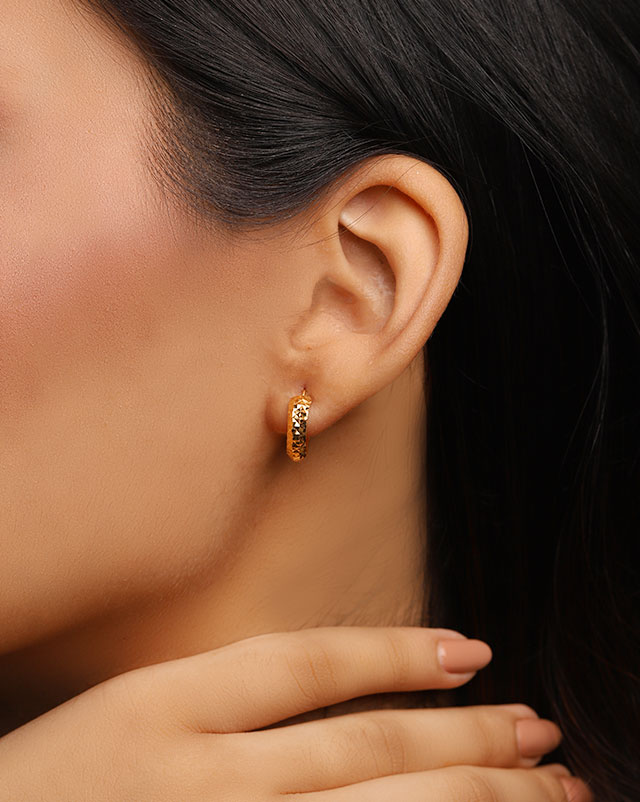 Adira 22Kt Gold Hoop Earrings
