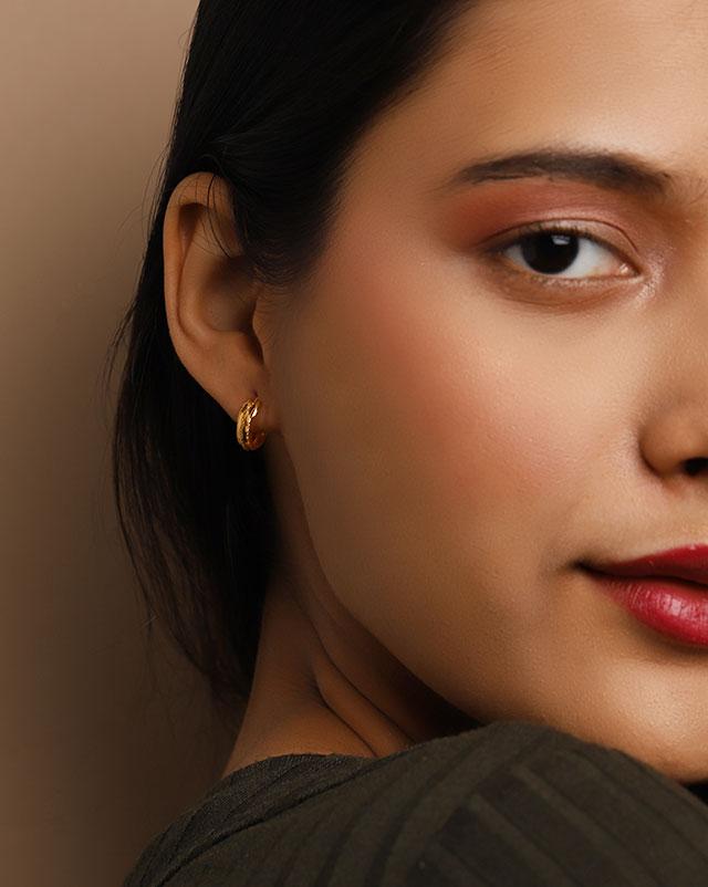 Shaina 22Kt Gold Hoop Earrings