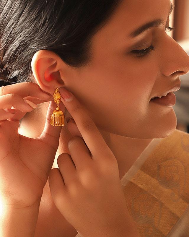 Priya 22Kt Gold Jhumkas