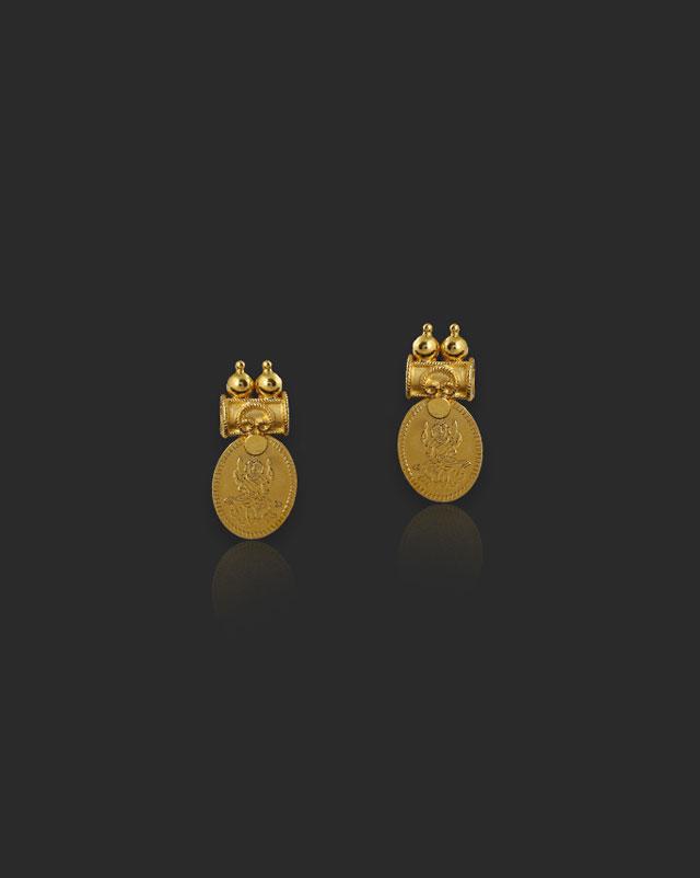 Gold Earrings 22 Karat Yellow Gold Yashika 22Kt Gold Stud Earrings