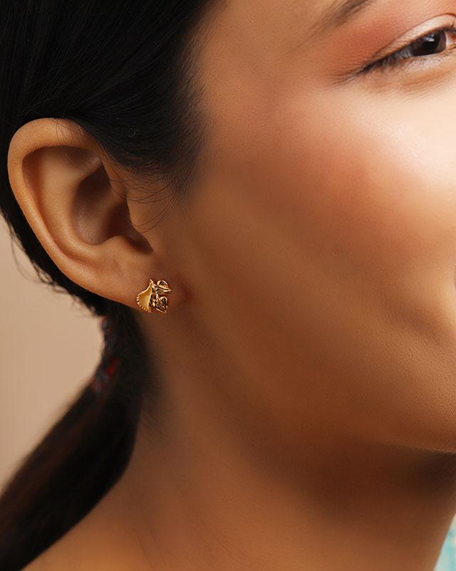 Gold Earrings 22 Karat Yellow Gold Rhema 22Kt Gold Stud Earrings