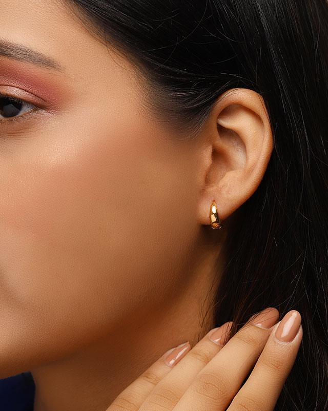 Arushi 22Kt Gold Hoop Earrings