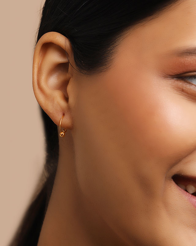 Gini 22Kt Gold Hoop Earrings