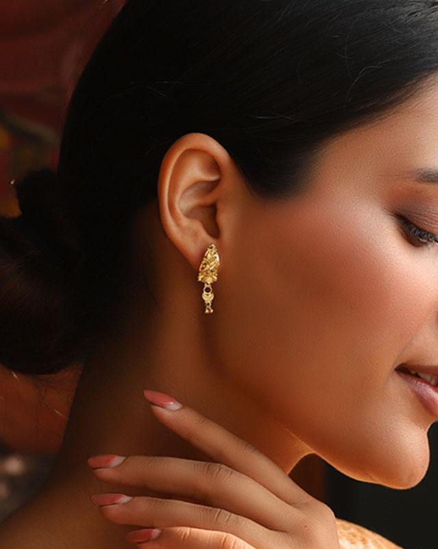 Riya 22Kt Gold Drop Earrings