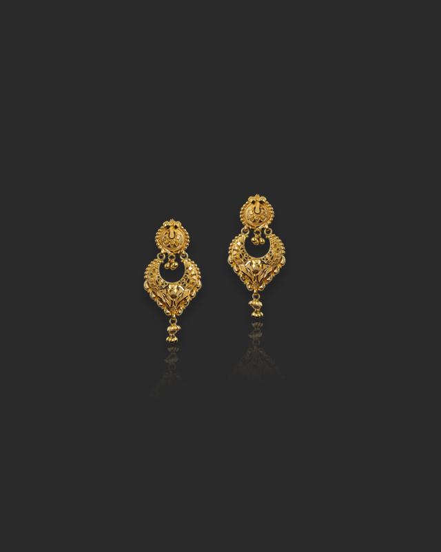 Rabya 22Kt Gold Drop Earrings