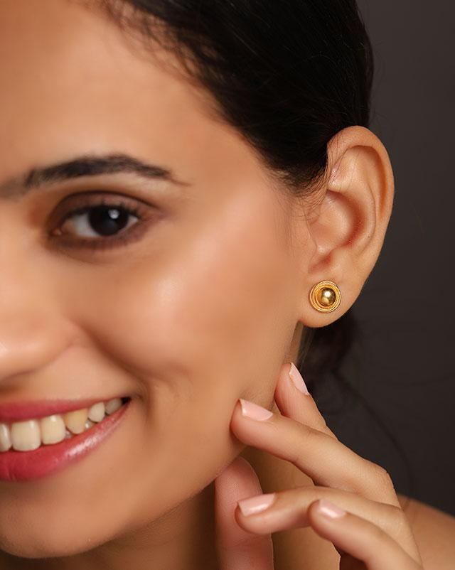 Gold Earrings 22 Karat Yellow Gold Tina Gold Stud Earrings