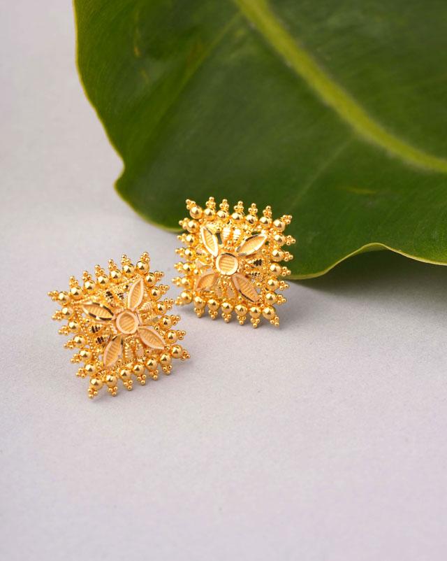 Gold Earrings 22 Karat Yellow Gold Ridhi Gold Stud Earrings