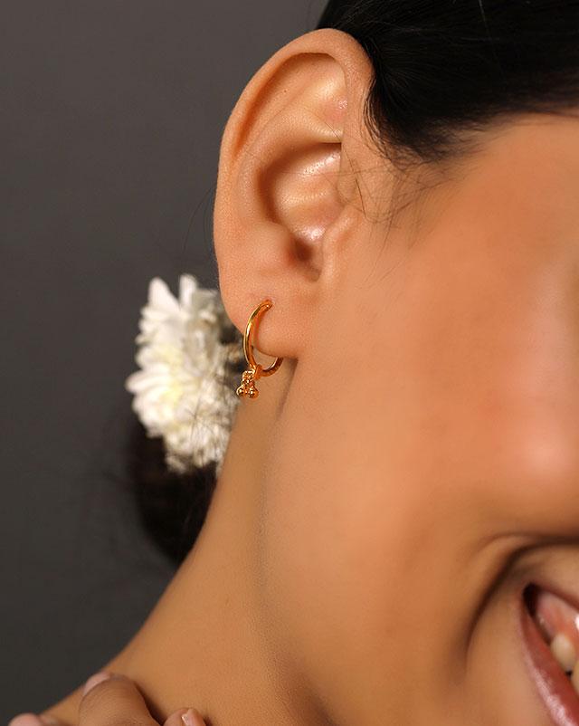 Gold Earrings 22 Karat Yellow Gold Chetna Gold Hoop Earrings