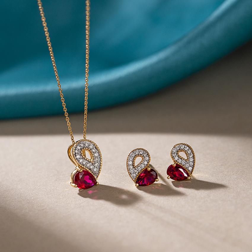 Glitzy Ruby Heart Matching Set
