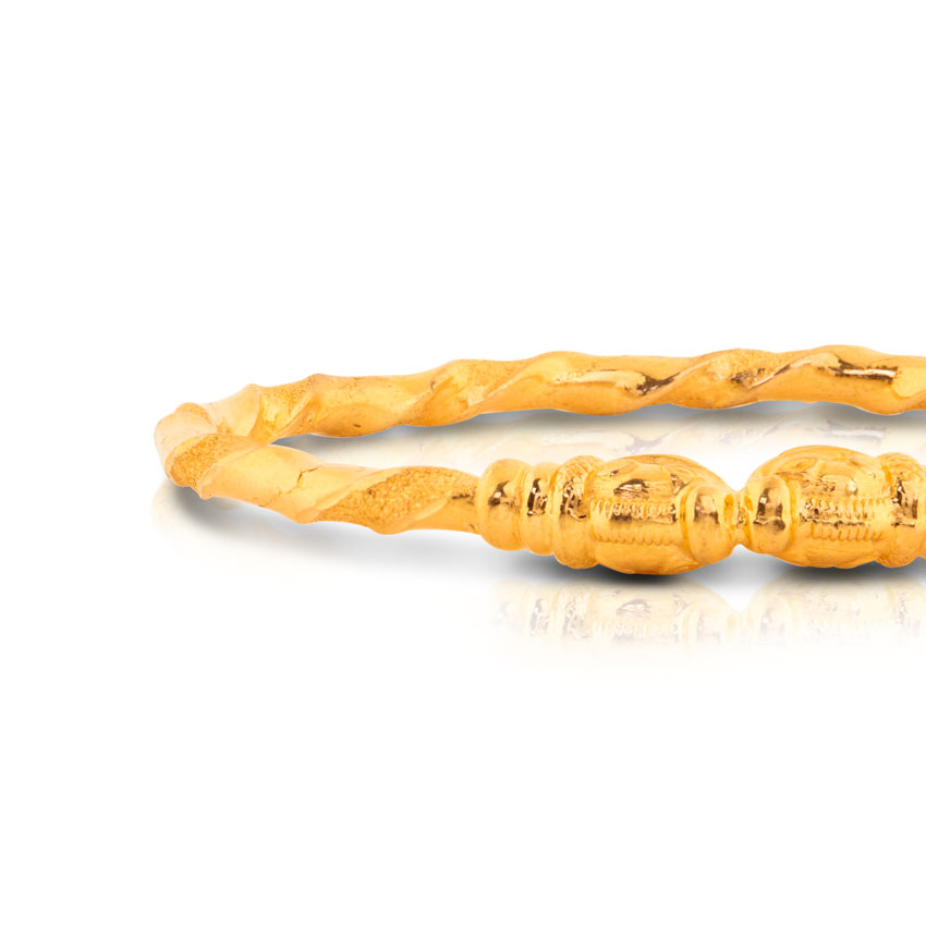 Aruvi Crafted Gold Bangle