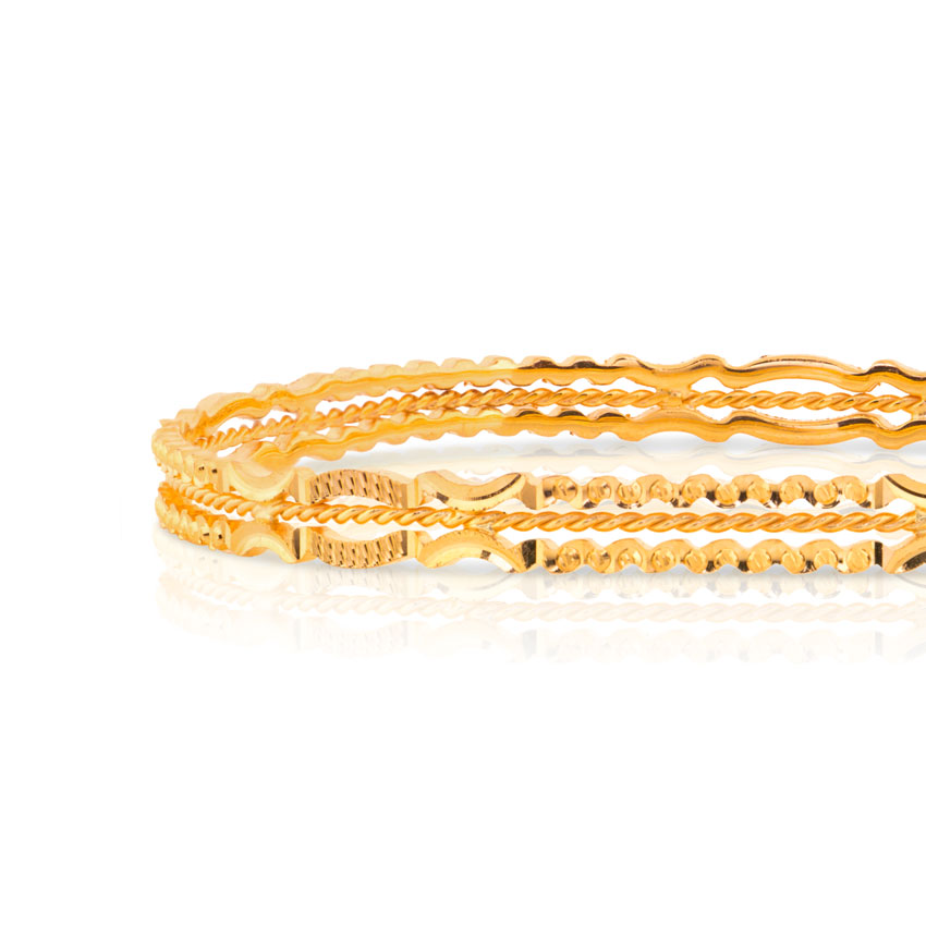 Ilfa Textured Gold Bangle