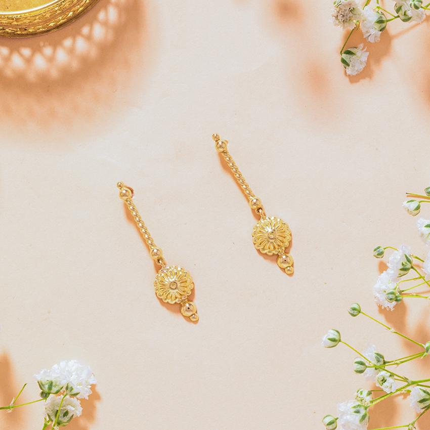 Gold Earrings 18 Karat Yellow Gold Ridhi Gold Drop Earrings