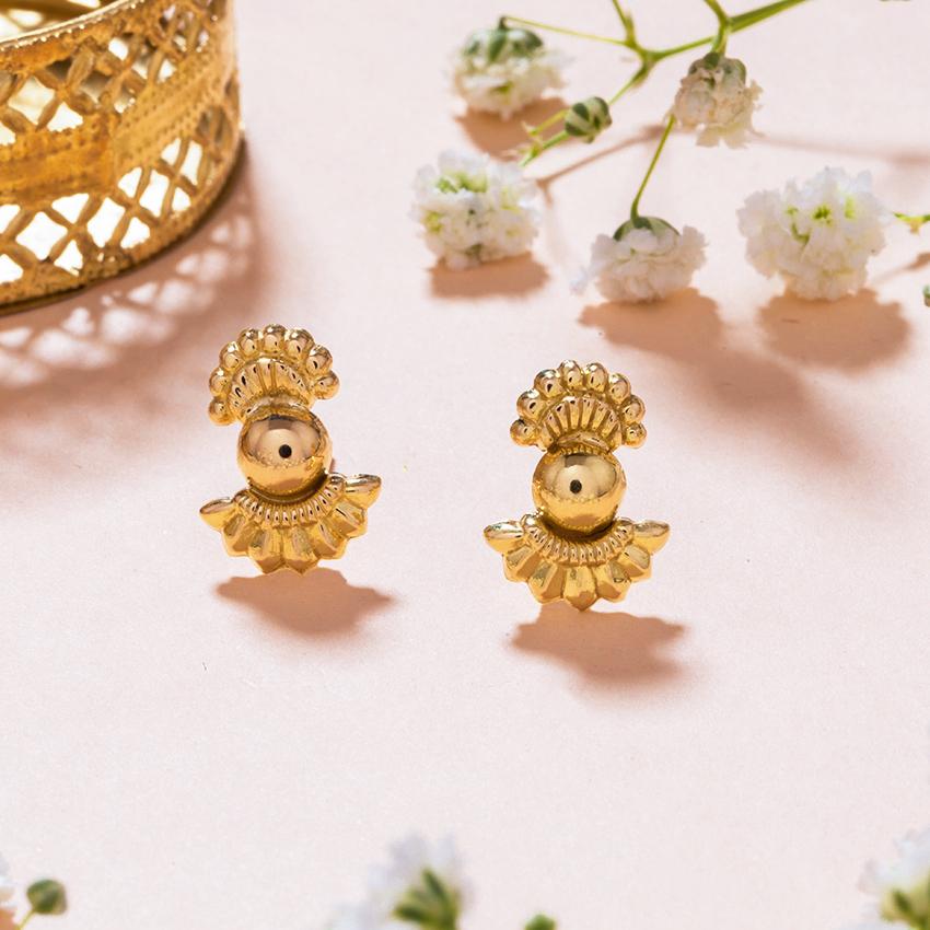Gold Earrings 18 Karat Yellow Gold Swara Gold Stud Earrings