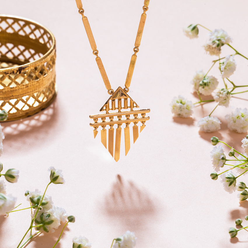 Gold Necklaces 18 Karat Yellow Gold Meher Gold Necklace