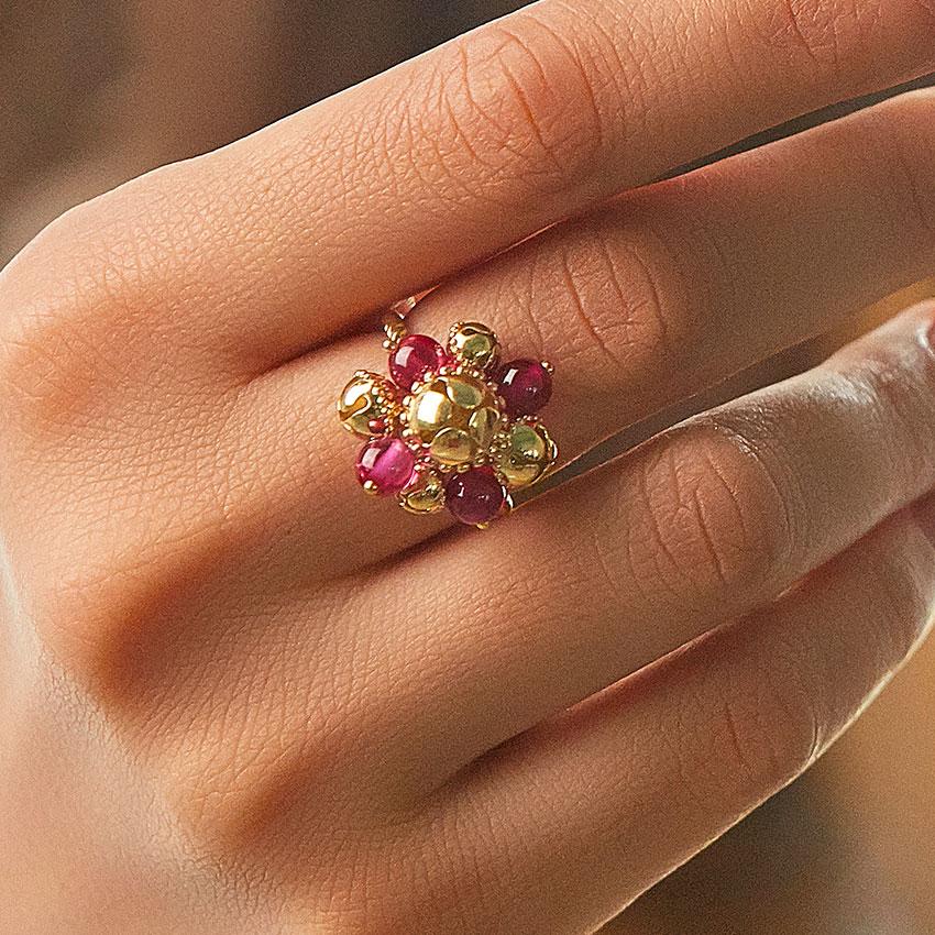Yamini Gold Ring
