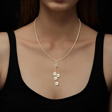 Swirl Pearl Necklace
