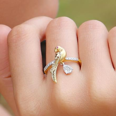 Charming Parrot Ring