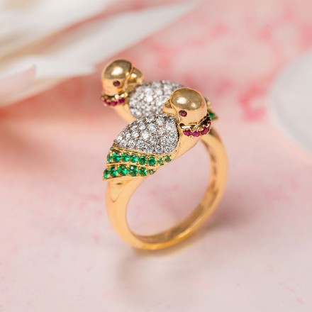 Beautiful Parrot Ring