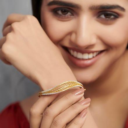 Alder Leaf Bracelet Jewellery India line CaratLane