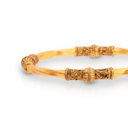 Intricate Pattern Gold Bangle