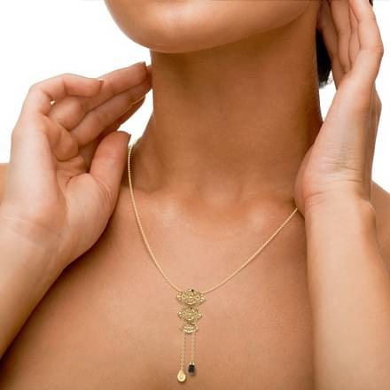 Valmai Cutout Necklace